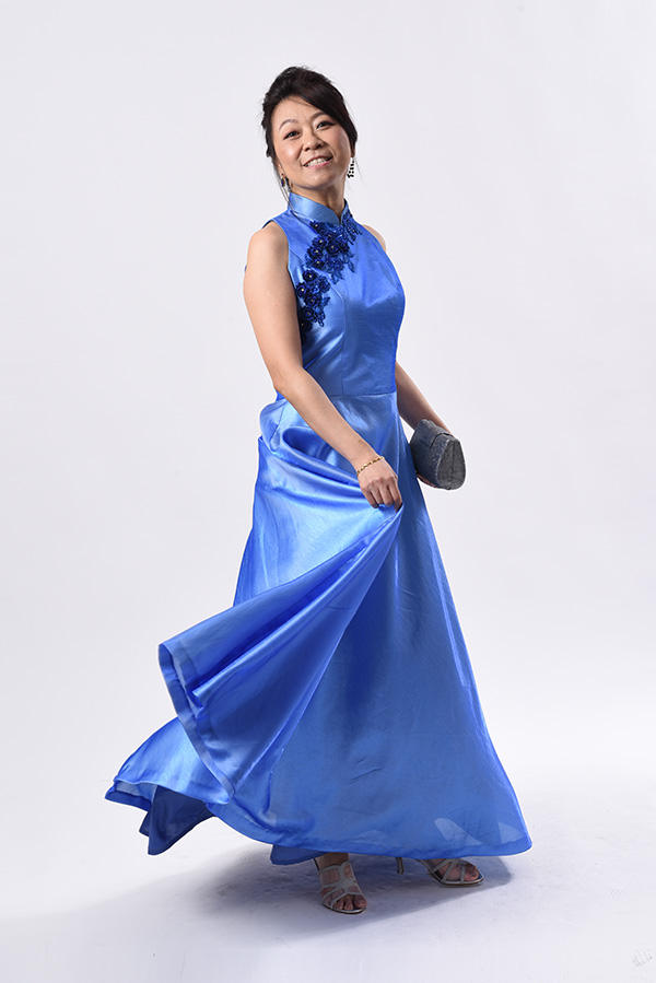 2-tone shuntung silk with applique Modern Cheongsam