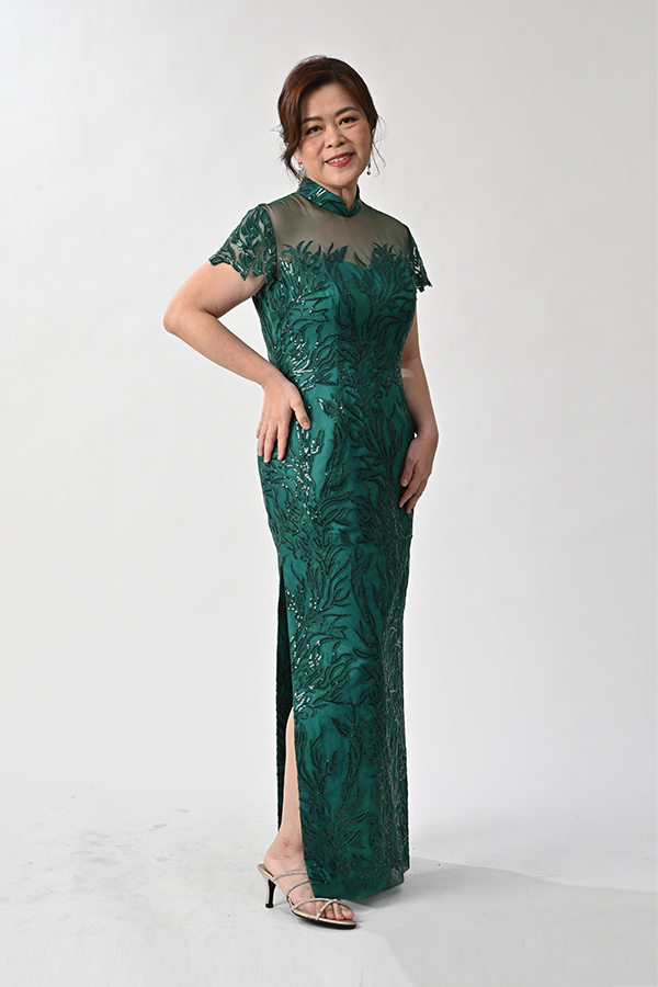 Modern Mother Cheongsam Green Embriodery Tulle